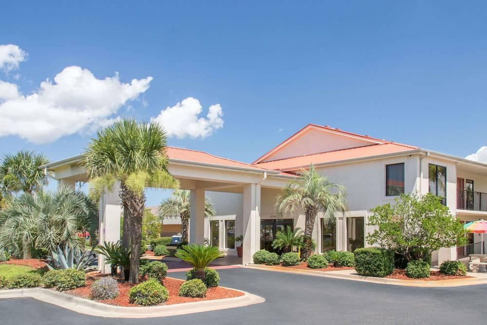 Days Inn & Suites Navarre Conference Center